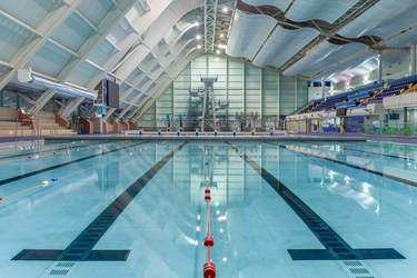 Manchester_Aquatics_Centre_pool_and_dive_platforms.jpg